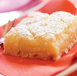 Keks kolač sa kruškama (posno)